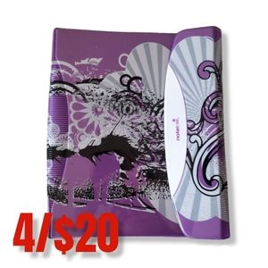 Hilroy notetote binder with subject dividers